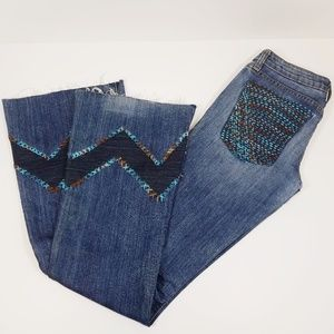 """RE.DO Jeans - RE.DO upcycled Embroidered """"Janine flare"""" Denim 25"""